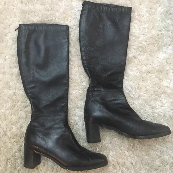 e9f3d115966 STUART WEITZMAN Vintage Black Leather Boots. M 5c2ff8f045c8b325589b0245
